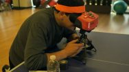 Reggie con il Virtual Boy